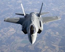 F-35 mission and maintenance training systems